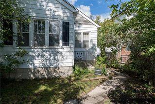 Photo 1: 509 Pandora Avenue East in Winnipeg: East Transcona Residential for sale (3M)  : MLS®# 202022210