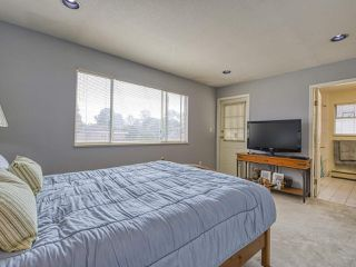 Photo 18: 3608 NAPIER Street in Vancouver: Renfrew VE House for sale (Vancouver East)  : MLS®# R2498408