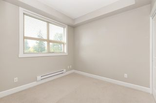 """Photo 9: 326 13897 FRASER Highway in Surrey: Whalley Condo for sale in """"THE EDGE"""" (North Surrey)  : MLS®# R2499236"""