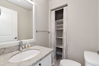 """Photo 10: 326 13897 FRASER Highway in Surrey: Whalley Condo for sale in """"THE EDGE"""" (North Surrey)  : MLS®# R2499236"""