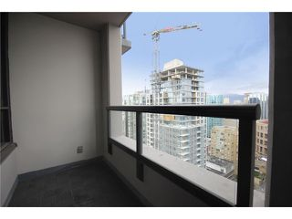 "Photo 6: 3008 909 MAINLAND Street in Vancouver: Downtown VW Condo for sale in ""Yaletown Park 2"" (Vancouver West)  : MLS®# V874655"