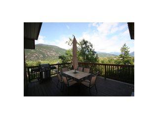 Photo 5: 7455 BEECHWOOD Street in Pemberton: Pemberton WH House for sale (Whistler)  : MLS®# V894506