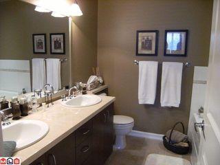 Photo 7: 402 1550 MARTIN Street: White Rock Condo for sale (South Surrey White Rock)  : MLS®# F1123164