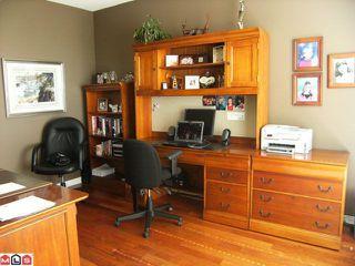 Photo 8: 402 1550 MARTIN Street: White Rock Condo for sale (South Surrey White Rock)  : MLS®# F1123164