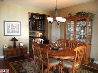 Photo 3: 402 1550 MARTIN Street: White Rock Condo for sale (South Surrey White Rock)  : MLS®# F1123164