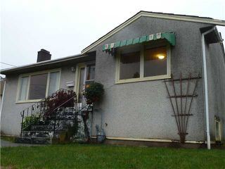 Photo 1: 1605 NANAIMO Street in New Westminster: West End NW House for sale : MLS®# V981068