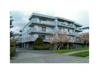 Photo 2: 101 134 W 20TH Street in North Vancouver: Central Lonsdale Condo for sale : MLS®# V1062062