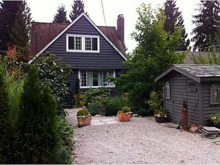 Photo 2: 1065 PROSPECT Avenue in North Vancouver: Canyon Heights NV House for sale : MLS®# V1088522