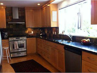 Photo 10: 1065 PROSPECT Avenue in North Vancouver: Canyon Heights NV House for sale : MLS®# V1088522