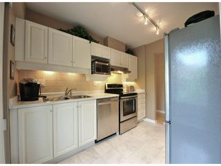 """Photo 6: 312 15272 20TH Avenue in Surrey: King George Corridor Condo for sale in """"Windsor Court"""" (South Surrey White Rock)  : MLS®# F1424168"""