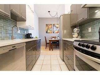 """Photo 7: 214 1345 W 15TH Avenue in Vancouver: Fairview VW Condo for sale in """"SUNRISE WEST"""" (Vancouver West)  : MLS®# V1114976"""