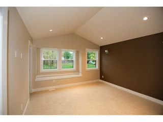 Photo 7: 15966 106TH Avenue in Surrey: Fraser Heights House for sale (North Surrey)  : MLS®# F1440723