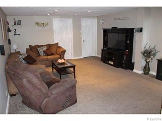 Photo 3: 1042 Chevrier Boulevard in WINNIPEG: Manitoba Other Residential for sale : MLS®# 1517759