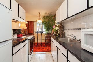"Photo 10: 303 155 E 5TH Street in North Vancouver: Lower Lonsdale Condo for sale in ""WINCHESTER ESTATES"" : MLS®# R2024794"