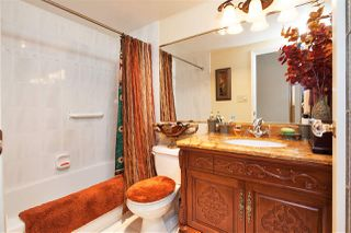 "Photo 21: 303 155 E 5TH Street in North Vancouver: Lower Lonsdale Condo for sale in ""WINCHESTER ESTATES"" : MLS®# R2024794"