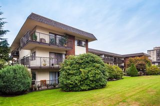 "Photo 1: 303 155 E 5TH Street in North Vancouver: Lower Lonsdale Condo for sale in ""WINCHESTER ESTATES"" : MLS®# R2024794"