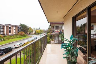"Photo 15: 303 155 E 5TH Street in North Vancouver: Lower Lonsdale Condo for sale in ""WINCHESTER ESTATES"" : MLS®# R2024794"