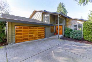 "Photo 1: 943 50B Street in Delta: Tsawwassen Central House for sale in ""TSAWWASSEN CENTRAL"" (Tsawwassen)  : MLS®# R2046777"