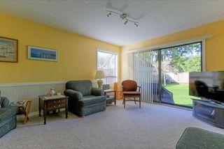 "Photo 11: 943 50B Street in Delta: Tsawwassen Central House for sale in ""TSAWWASSEN CENTRAL"" (Tsawwassen)  : MLS®# R2046777"