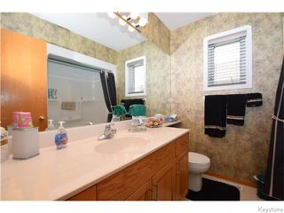 Photo 14: 12 Courland Bay in Winnipeg: West Kildonan / Garden City Residential for sale (North West Winnipeg)  : MLS®# 1616828