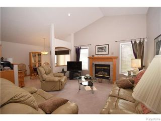 Photo 6: 12 Courland Bay in Winnipeg: West Kildonan / Garden City Residential for sale (North West Winnipeg)  : MLS®# 1616828