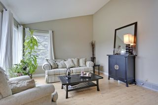 Photo 6: 4022 46 Street SW in Calgary: House for sale : MLS®# C4014489