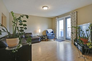 Photo 12: 4022 46 Street SW in Calgary: House for sale : MLS®# C4014489