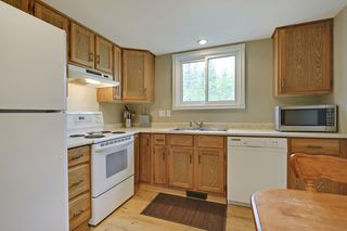 Photo 8: 4022 46 Street SW in Calgary: House for sale : MLS®# C4014489