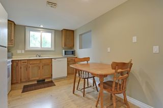 Photo 10: 4022 46 Street SW in Calgary: House for sale : MLS®# C4014489