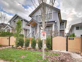 Photo 2: 1522 E PENDER Street in Vancouver: Hastings House 1/2 Duplex for sale (Vancouver East)  : MLS®# R2122104