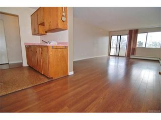 Photo 6: 406 2100 Granite St in VICTORIA: OB South Oak Bay Condo Apartment for sale (Oak Bay)  : MLS®# 747533