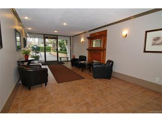 Photo 12: 406 2100 Granite St in VICTORIA: OB South Oak Bay Condo Apartment for sale (Oak Bay)  : MLS®# 747533