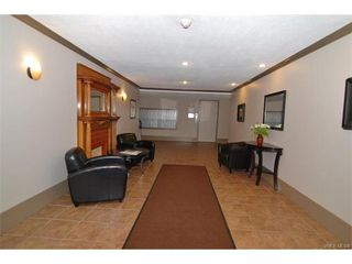 Photo 13: 406 2100 Granite St in VICTORIA: OB South Oak Bay Condo Apartment for sale (Oak Bay)  : MLS®# 747533