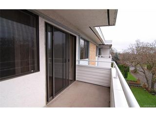 Photo 11: 406 2100 Granite St in VICTORIA: OB South Oak Bay Condo Apartment for sale (Oak Bay)  : MLS®# 747533
