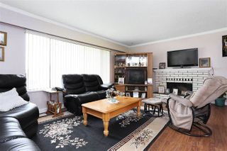 Photo 2: 12637 113B Avenue in Surrey: Bridgeview House for sale (North Surrey)  : MLS®# R2135373