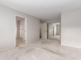 "Photo 9: 207 611 W 13TH Avenue in Vancouver: Fairview VW Condo for sale in ""Tiffany Court"" (Vancouver West)  : MLS®# R2141365"