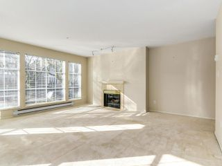 "Photo 3: 207 611 W 13TH Avenue in Vancouver: Fairview VW Condo for sale in ""Tiffany Court"" (Vancouver West)  : MLS®# R2141365"