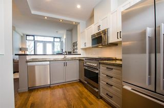 "Photo 8: 2780 VINE Street in Vancouver: Kitsilano Townhouse for sale in ""MOZAIEK"" (Vancouver West)  : MLS®# R2160680"