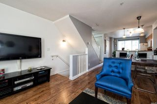 Photo 2: 24 288 ST. DAVIDS Avenue in North Vancouver: Lower Lonsdale Townhouse for sale : MLS®# R2163127