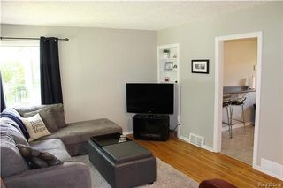 Photo 5: 699 Cambridge Street in Winnipeg: River Heights Residential for sale (1D)  : MLS®# 1714355