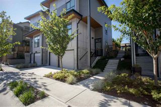 "Photo 2: 1151 NATURE'S GATE Way in Squamish: Downtown SQ House 1/2 Duplex for sale in ""Eaglewind Streams"" : MLS®# R2198856"