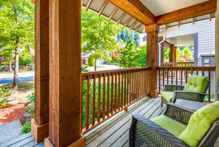 """Photo 2: 16 HOLLY Drive in Port Moody: Heritage Woods PM House for sale in """"Heritage Woods"""" : MLS®# R2198978"""