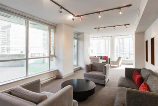 Photo 5: 501 833 SEYMOUR STREET in Vancouver: Downtown VW Condo for sale (Vancouver West)  : MLS®# R2202671