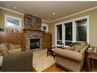 Photo 3: 3888 154TH Street in South Surrey White Rock: Home for sale : MLS®# F1430364