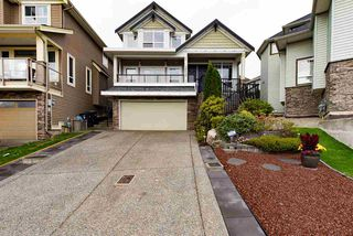 Photo 1: 19725 68B Avenue in Langley: Willoughby Heights House for sale : MLS®# R2212803