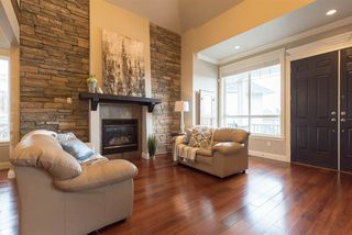 Photo 4: 19725 68B Avenue in Langley: Willoughby Heights House for sale : MLS®# R2212803