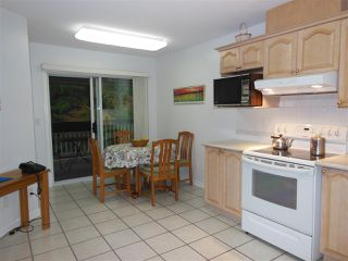 "Photo 3: 311 1150 LYNN VALLEY Road in North Vancouver: Lynn Valley Condo for sale in ""The Laurels"" : MLS®# R2216205"