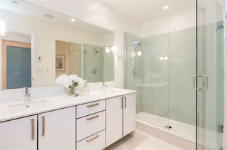 """Photo 11: 701 546 BEATTY Street in Vancouver: Downtown VW Condo for sale in """"The Crane"""" (Vancouver West)  : MLS®# R2216394"""