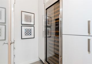 """Photo 7: 701 546 BEATTY Street in Vancouver: Downtown VW Condo for sale in """"The Crane"""" (Vancouver West)  : MLS®# R2216394"""