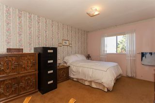 Photo 6: 2210 MADRONA Place in Surrey: King George Corridor House for sale (South Surrey White Rock)  : MLS®# R2221007